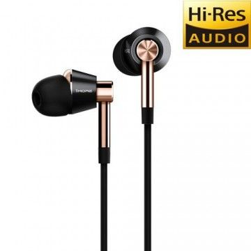 1MORE Tripe In-Ear headphones
